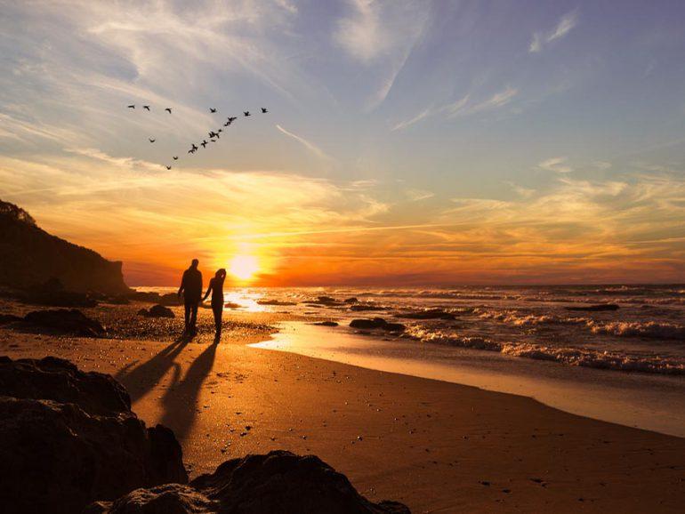 imagenes de amanecer romantico en playa